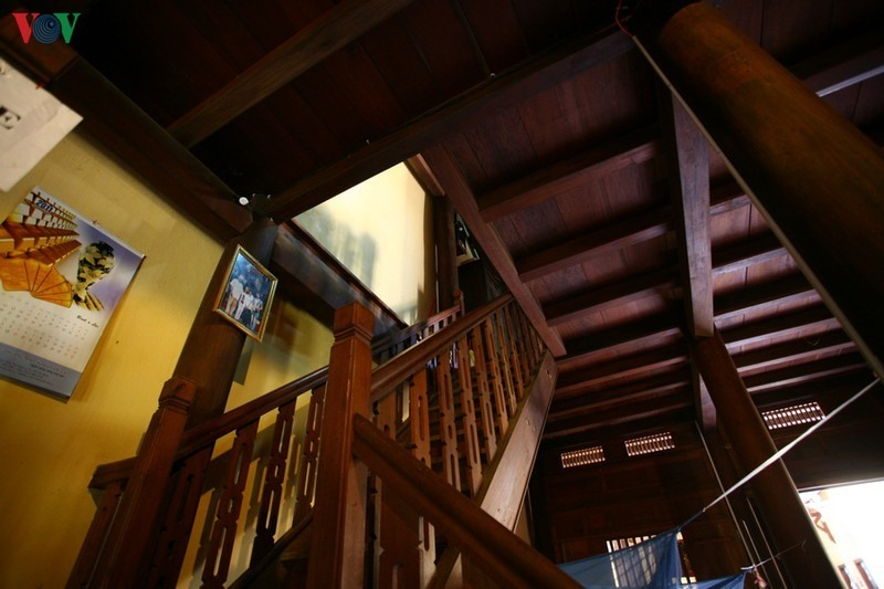 Wooden upstairs.