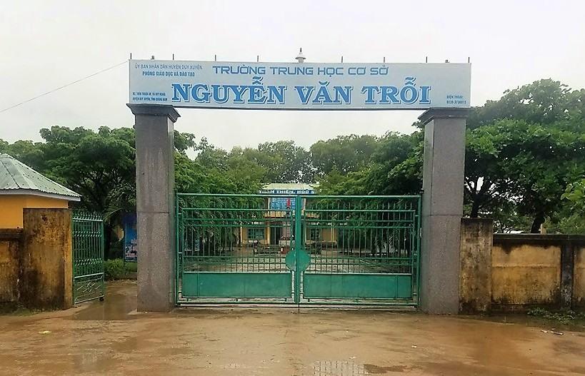 Trường THCS Nguyễn Văn Trỗi (xã Duy Nghĩa) - nơi có học sinh nghi ngờ mắc bệnh bạch hầu. Ảnh: Q.T