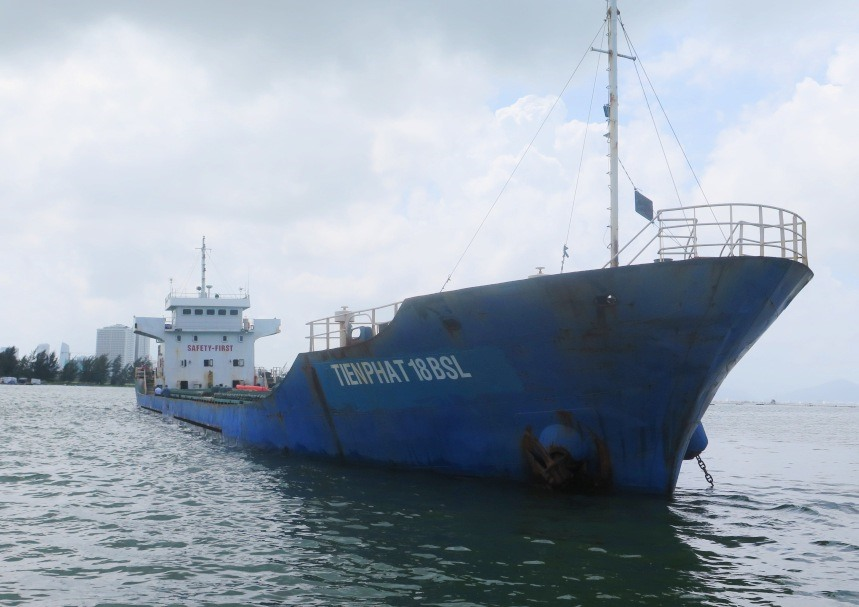 Tàu Tiến Phát 18-BSL. Ảnh: Cảnh sát biển cung cấp