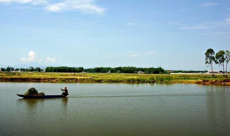 Sông Bàn Thạch (Tam Kỳ). Ảnh: PHƯƠNG THẢO