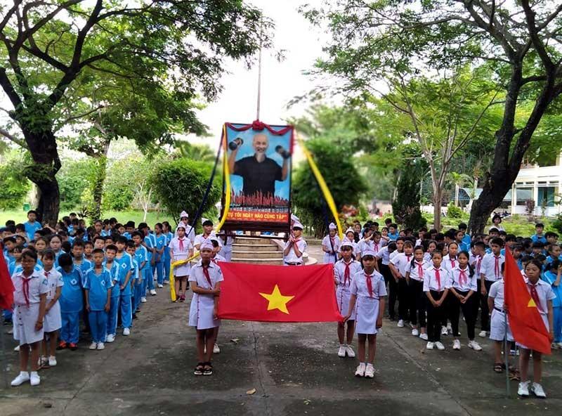 Hội khỏe Phù Đổng Trường THCS Lý Tự Trọng (xã Điện Minh) năm học 2019-2020. Ảnh: T.L