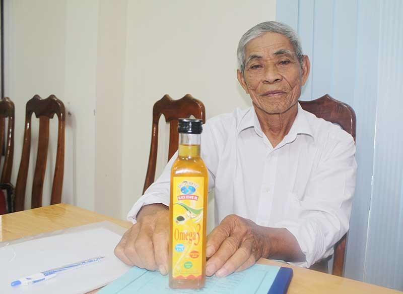 Sản phẩm mè đen Việt đươc chọn sản phẩm OCOP Núi Thành. Ảnh: VĂN PHIN