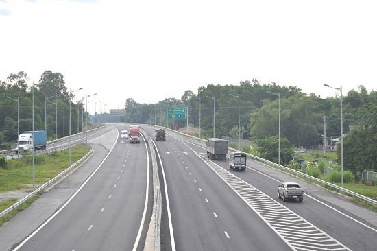 Cao tốc Đà Nẵng - Quảng Ngãi đoạn qua Phú Ninh. Ảnh: C.T