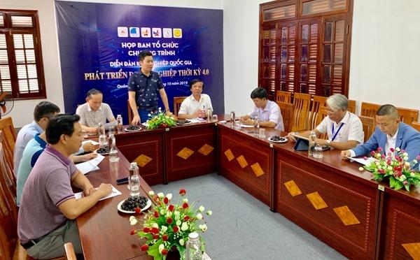 """Họp Ban tổ chức chương trình Diễn đàn khởi nghiệp quốc gia """"Phát triển doanh nghiệp thời kỳ 4.0"""". Ảnh: PHAN VINH"""