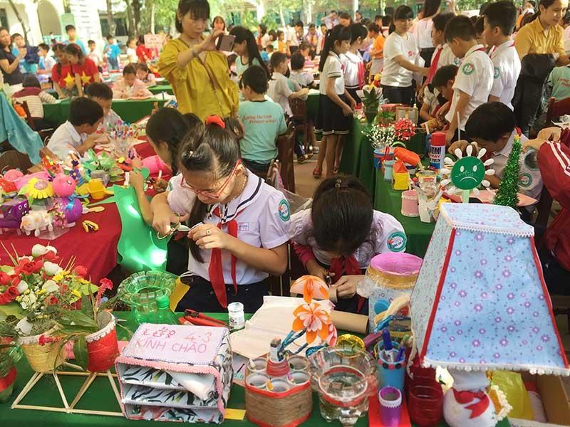 Trường Tiểu học Lương Thế Vinh thường xuyên tổ chức chương trình ngoại khóa rèn luyện kỹ năng cho học sinh. Ảnh: Q.H
