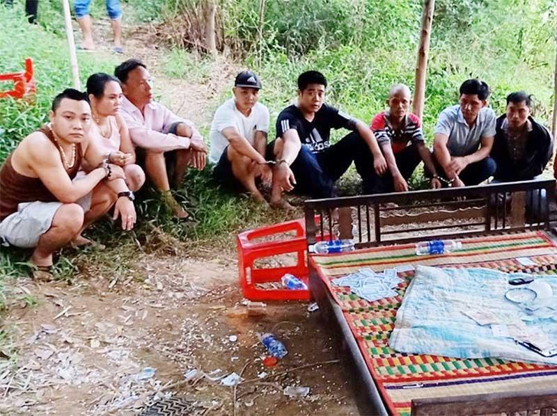 Công an huyện Đại Lộc triệt xóa một đường dây đánh bạc xảy ra trên địa bàn. Ảnh: T.C