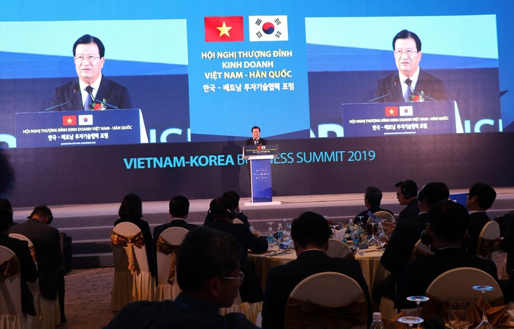 Deputy Prime Minister Trinh Dinh Dung speaks at the event (Photo: VNA)