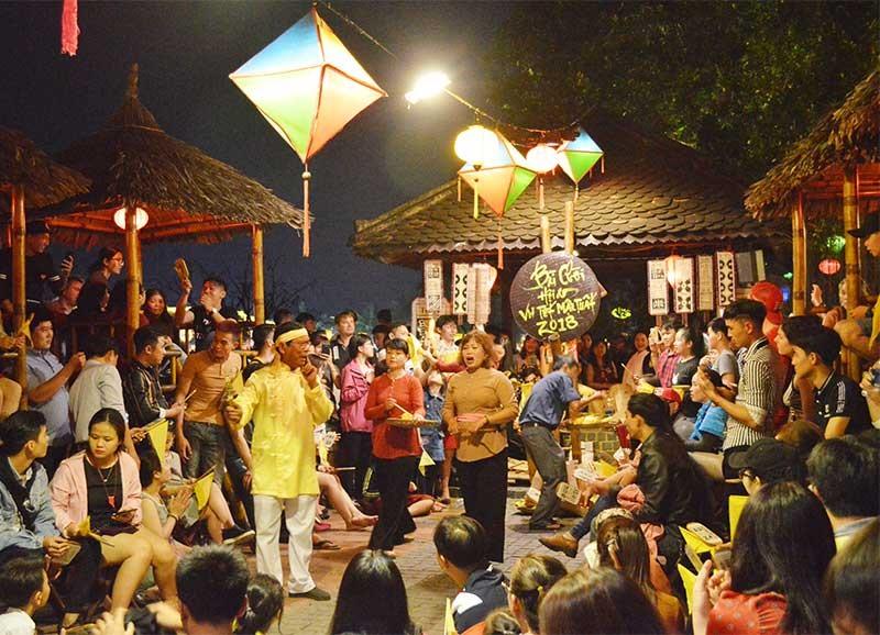 Hô hát bài chòi - một trong những di sản văn hóa phi vật thể góp phần làm nên hồn cốt Hội An.