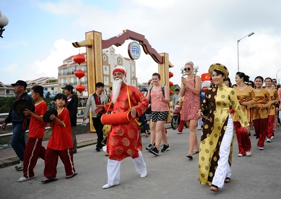 An activity to welcome New Year in Hoi An city
