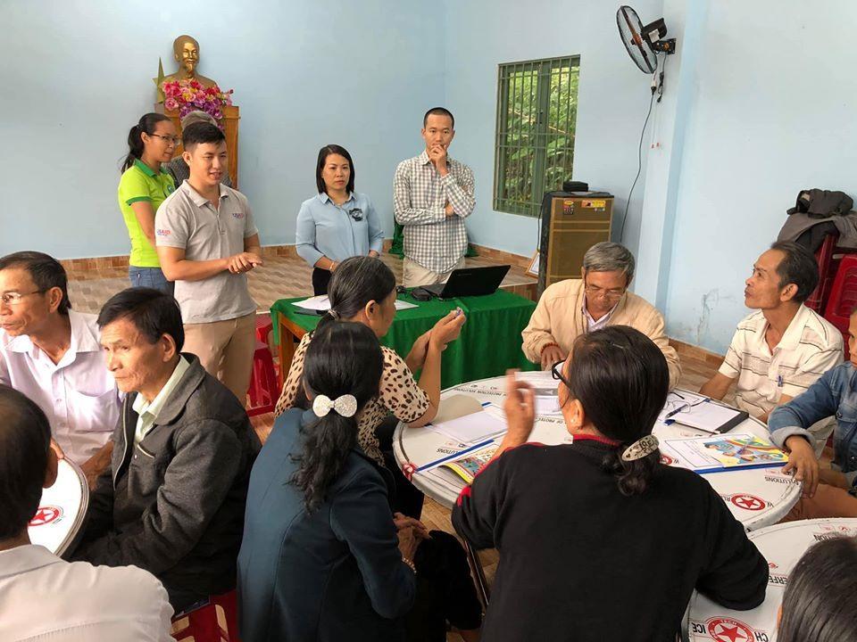 Trước khi tham gia mô hình, người dân đều được tập huấn, đào tạo kỹ năng nuôi trồng nấm. Ảnh: PHAN VINH