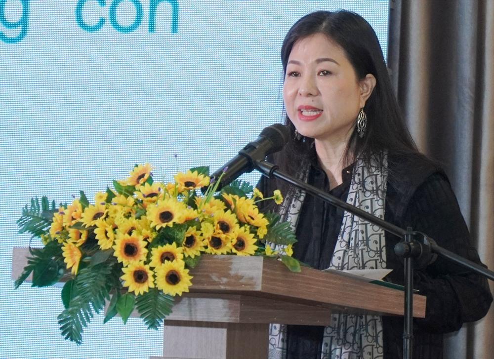 Bà Lê Thị Nam Phương - Chủ tịch HĐQT Hệ thống giáo dục Sky-Line phát biểu tại lễ ra mắt 2 cơ sở mới. Ảnh: N.T.B