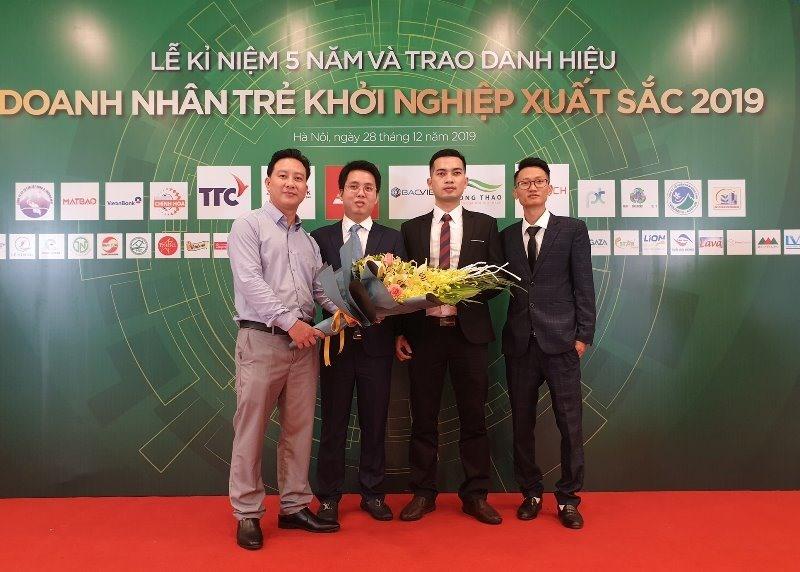 Ba gương mặt của Quảng Nam được trao danh hiệu Doanh nhân trẻ khởi nghiệp xuất sắc năm 2019. Ảnh: V.A