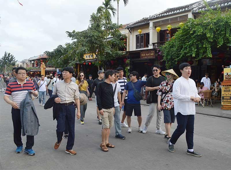 Thị trường khách châu Á du lịch đến Quảng Nam đang chiếm ưu thế trong vài năm trở lại đây. Ảnh: V.L
