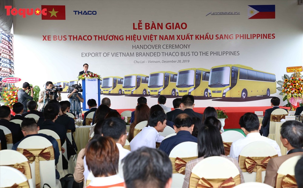 Minister Anh gives his speech at the ceremony. Photo: toquoc.vn
