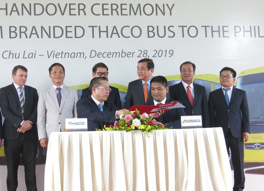 The handover signing ceremony