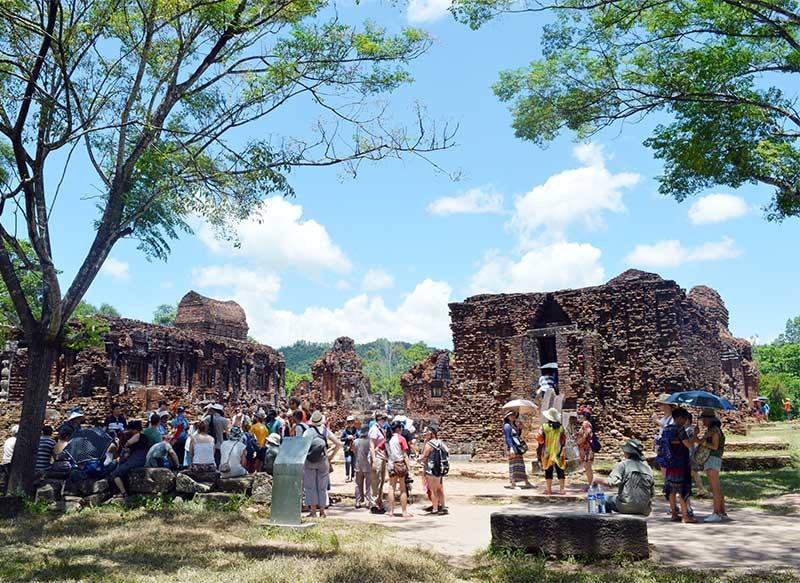 Phát triển du lịch Mỹ Sơn phải tương xứng với tiềm năng của một di sản văn hóa thế giới. Ảnh: T.L