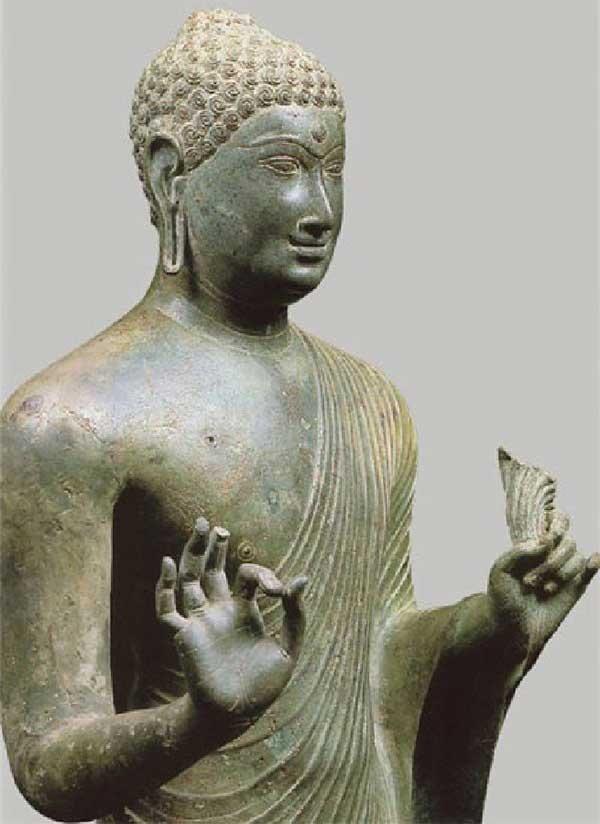 Tượng đức Phật ở Phật viện Đồng Dương. Ảnh: V.N