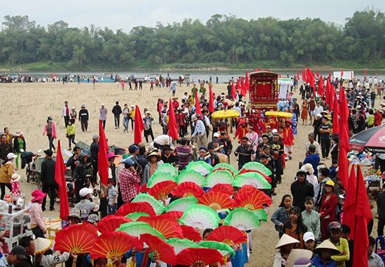 Với lợi thế có nhiều lễ hội truyền thống đặc sắc, Duy Xuyên rất dễ thu hút khách du lịch. Ảnh: T.P