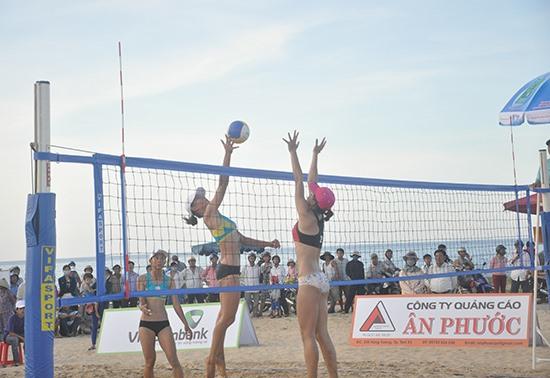 Bãi biển Tam Thanh từng là điểm đến của Tour 1 giải bóng chuyền bãi biển toàn quốc 2016. Ảnh: T.V