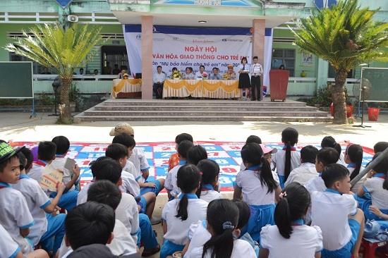 Ngày hội diễn ra tại Trường Tiểu học Hương An. Ảnh: C.T