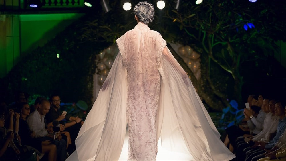 An apparel from Yaly couture (Photo: CNN)