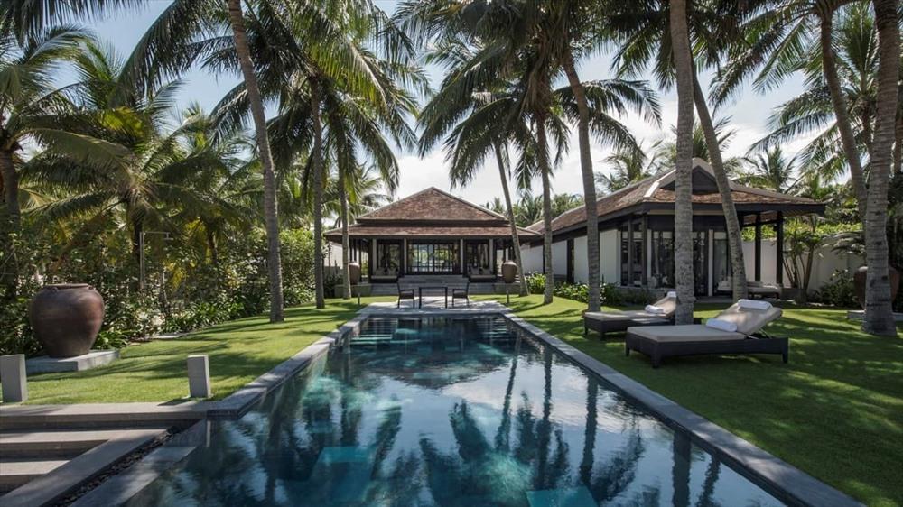 Four Seasons The Nam Hai, a 5-star hotel in Hoi An (Photo: CNN)