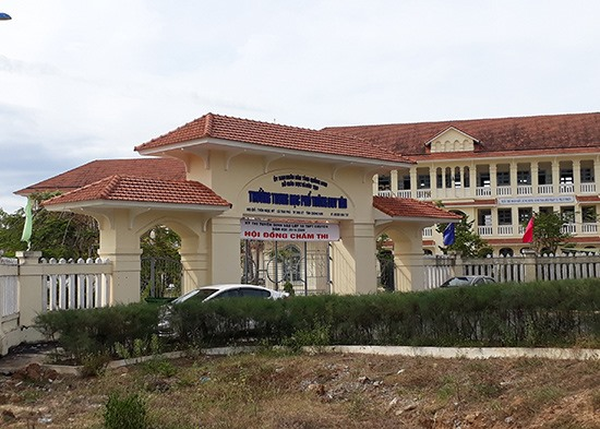 """Trường THPT Duy Tân (Tam Kỳ) sẽ thực hiện nhiệm vụ """"hai trong một"""" khi vừa là điểm thi, vừa là điểm chấm thi THPT của tỉnh. Ảnh: X.P"""