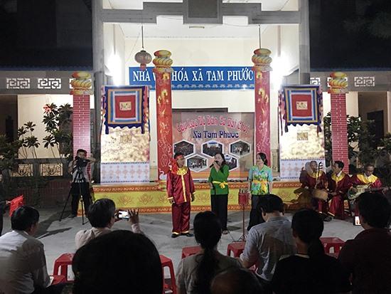 Một buổi biểu diễn của CLB dân ca bài chòi Tam Phước.