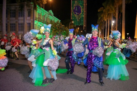 Hơn 100 nghệ sĩ quốc tế khuấy động đường phố Đà Nẵng. Ảnh: N.T.B