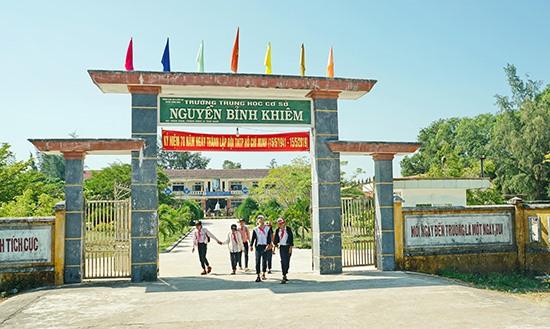 Trường THCS Nguyễn Bỉnh Khiêm, (Bình Nam, Thăng Bình). Ảnh: Nguyễn Điện Ngọc