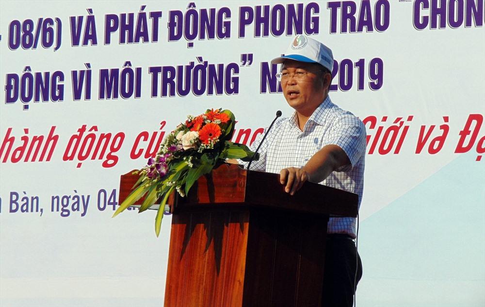 Vice Chairman Le Tri Thanh at the meeting. Photo: baotainguyenmoitruong