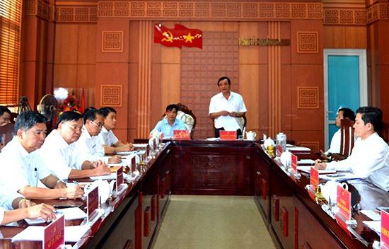 Quang cảnh cuộc họp Ban chỉ đạo cải cách hành chính tỉnh. Ảnh: QUANG VIỆT