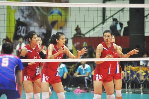 Vận động viên Kim Hyon Ju (số 12) của đội Triều Tiên cũng là gương mặt xinh đẹp và chơi khá hay tại giải đấu năm nay. Ảnh: T.V