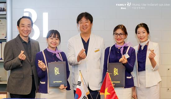 Trung tâm Thẩm mỹ Gia Đình là đơn vị đầu tiên ở Đà Nẵng hợp tác với chuyên gia đến từ Hàn Quốc (ảnh trung tâm cung cấp).