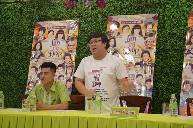 Đạo diễn Gia Bảo phát biểu tại cuộc họp báo. Ảnh: XUÂN LAN