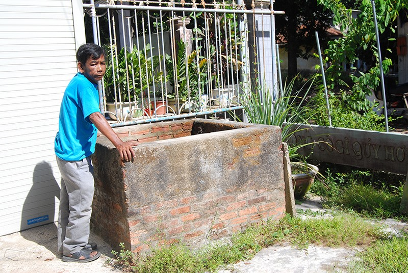 Giếng Chăm ở vườn ông Võ Lang (xã Tam Xuân 1). Ảnh: HOÀNG MINH