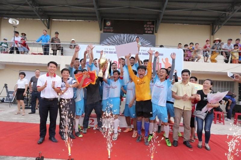 Đội bóng xã Tam Đàn trở thành nhà vô địch giải đấu năm nay. Ảnh: H.C