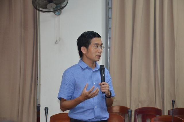 GS-TS. Dương Quang Trung phát biểu tại Trại hè NCKH lần thứ 5. Ảnh: N.T.B
