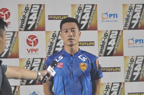 Tiền vệ Huy Hùng vừa trở lại sau chấn thương dài hạn đã lập tức tỏa sáng bằng 2 bàn thắng cho Quảng Nam. Ảnh: A.S