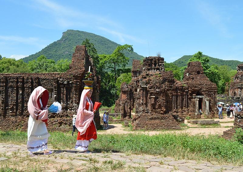 Qua 20 năm trở thành Di sản văn hóa thế giới, Khu đền tháp Mỹ Sơn đạt được nhiều thành tựu trong công tác bảo tồn và phát huy giá trị di tích. Ảnh: K.L
