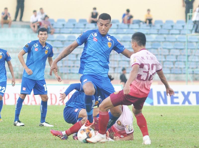 Rodrigo thi đấu khá mờ nhạt là một trong những nguyên nhân khiến cho Quảng Nam có kết quả không tốt. Ảnh: A.N