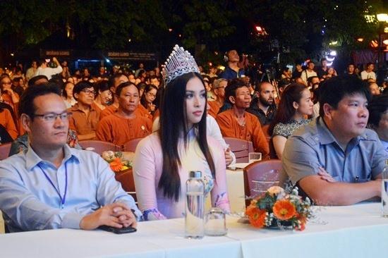 Hoa hậu Trần Tiểu Vy tham dự đêm nhạc. Ảnh: VĨNH LỘC