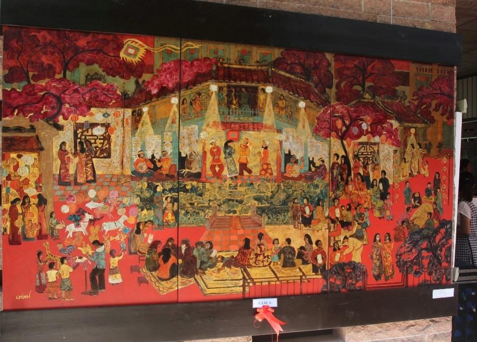 """Tác phẩm """"Đêm hội"""" - sơn mài của Lê Đình Chinh đoạt giải A. Ảnh: CÔNG THIỆM"""