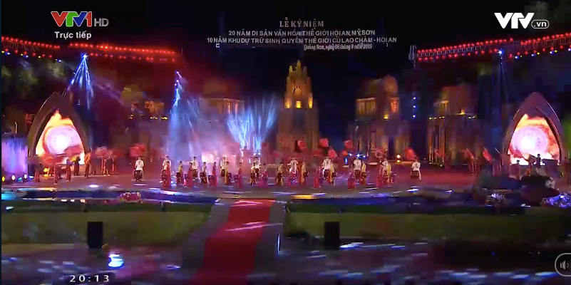 """The artistic programme """"Quang Nam- Precious gems"""" at the stage in My Son Sanctuary"""