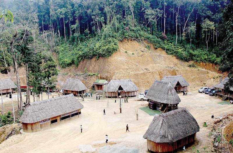 Làng du lịch sinh thái Pơmu, xã A Xan, huyện Tây Giang.
