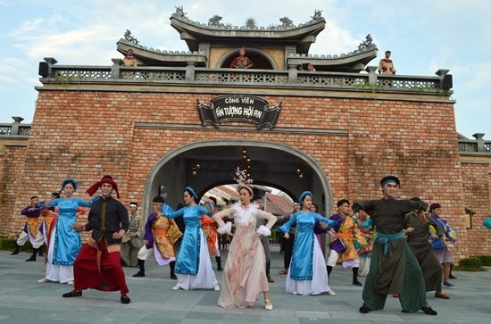 Hoi An Memories show is invested by Gami Theme Park.