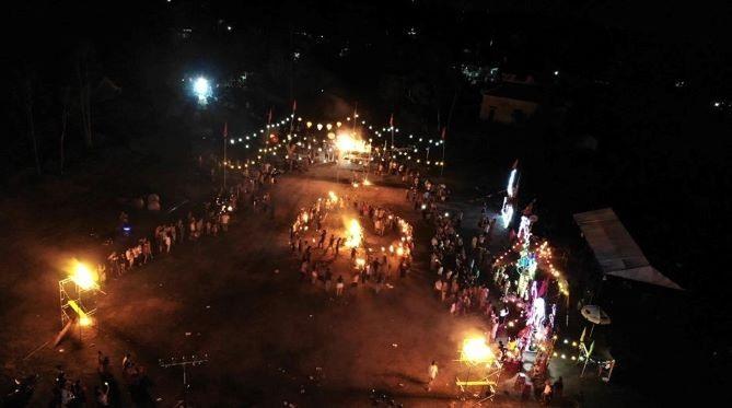 Hội trại tại khối phố Tân Khai (phường Điện Dương) được tổ chức quy mô, thu hút đông đảo ĐVTN, HSSV. Ảnh: L.T