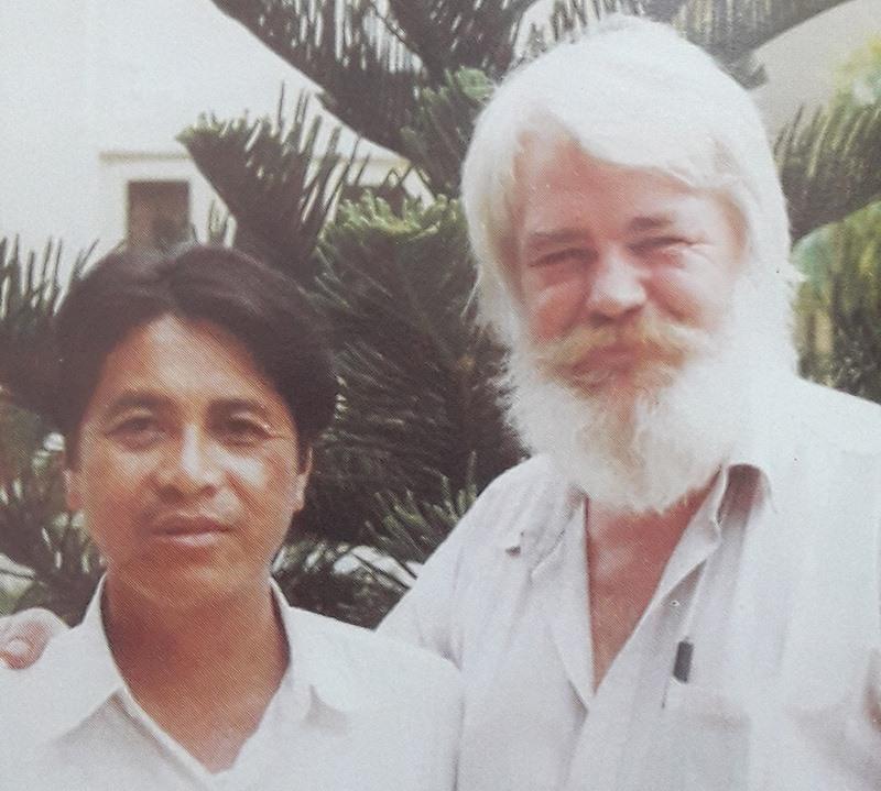 Kazik cùng lãnh đạo Hội An những năm 1980.