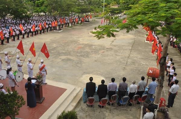 Năm học mới 2019 - 2020, Trường THCS Nguyễn Du có 1.650 học sinh với 37 lớp. Ảnh: N.Đ