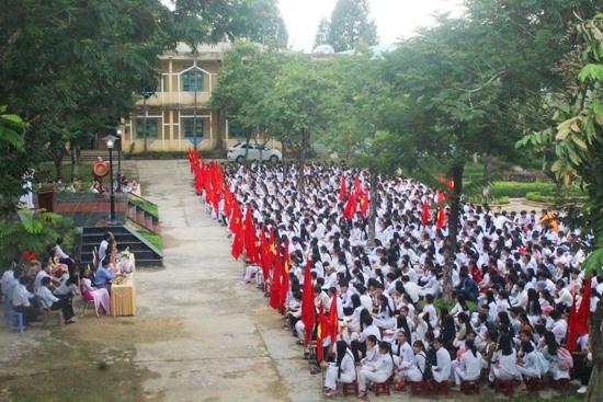 Quang cảnh lễ khai giảng năm học mới tại Trường THPT Phan Châu Trinh. Ảnh: D.L